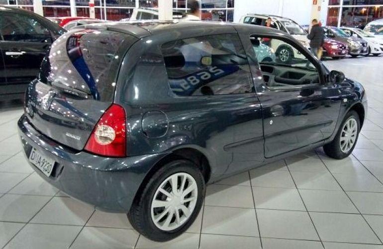 Renault Clio Authentique 1.0 16V Hi-Flex - Foto #3