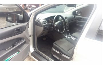 Ford Focus Hatch GLX 2.0 16V (Flex) (Aut) - Foto #4