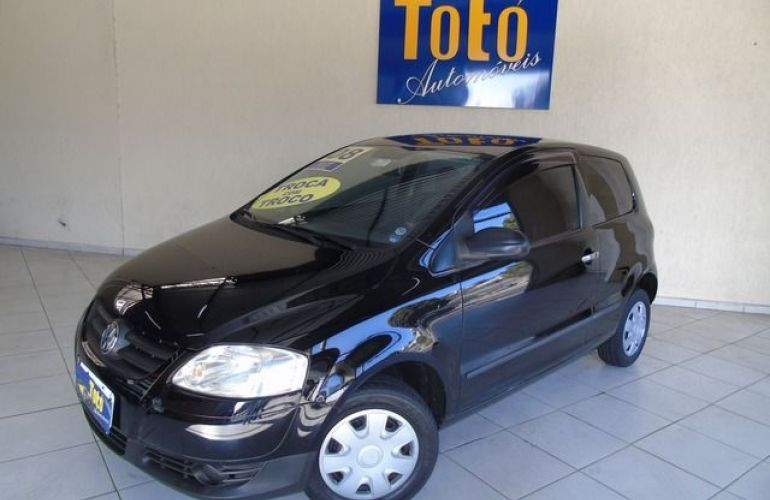 Volkswagen Fox City 1.0 Mi 8V - Foto #2