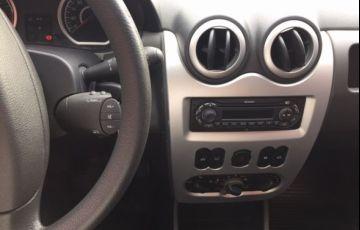 Renault Sandero Vibe 1.6 8V Hi-Torque - Foto #7