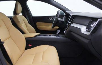 Volvo XC60 2.0 T5 Momentum AWD - Foto #5