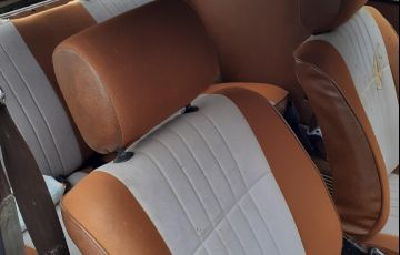 Volkswagen Passat LS 1.6