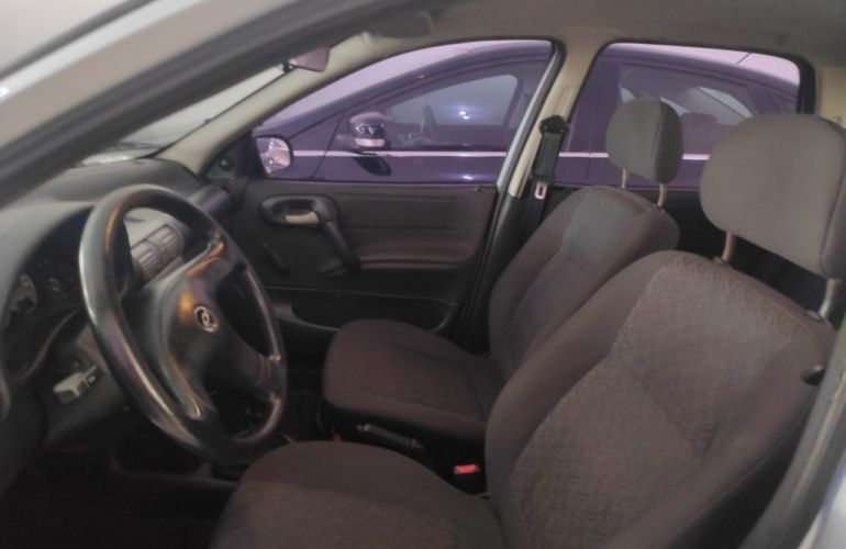 Chevrolet Corsa Sedan Classic Spirit 1.0 (flex) - Foto #3