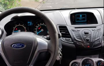 Ford New Fiesta SE 1.6 16V PowerShift - Foto #2