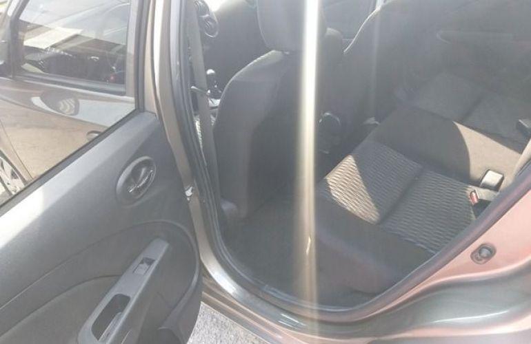 Toyota Etios X 1.3 16V Flex - Foto #8