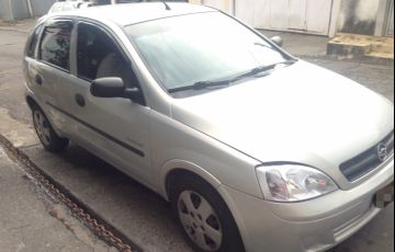 Chevrolet Corsa Hatch Premium 1.0