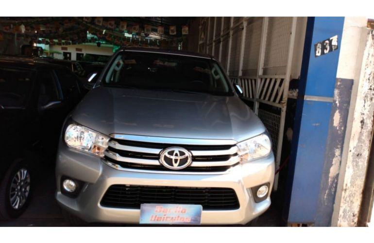 Toyota Hilux 2.8 TDi CD Srv 4x4 (aut) - Foto #1