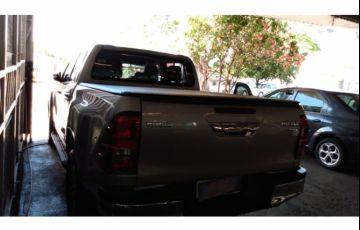 Toyota Hilux 2.8 TDi CD Srv 4x4 (aut) - Foto #7