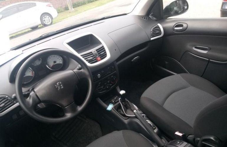 Peugeot 207 Sedan XR Sport Passion 1.4 8V Flex - Foto #8