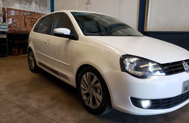 Volkswagen Polo Hatch. 1.6 8V - Foto #1