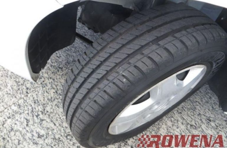 Chevrolet Celta LT 1.0 VHCE 8V Flexpower - Foto #10
