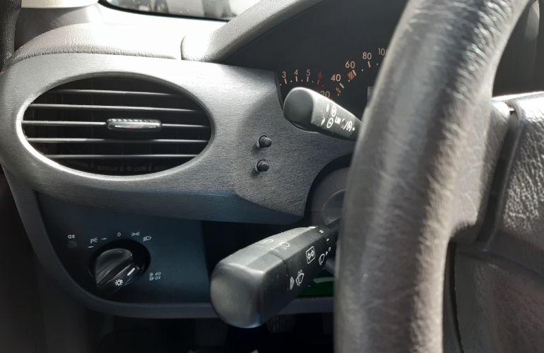 Mercedes-Benz Classe A 160 Classic 1.6 - Foto #2