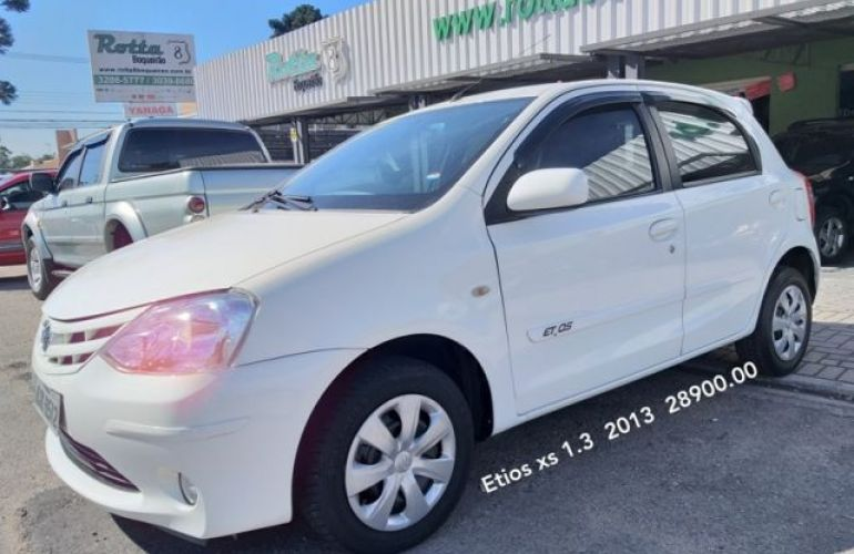 Toyota Etios XS 1.3 16V Flex - Foto #1