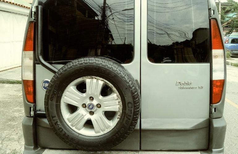Fiat Doblò Adventure 1.8 8V (Flex) - Foto #3