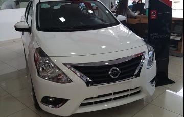 Nissan Versa 1.0 12V Conforto (Flex)