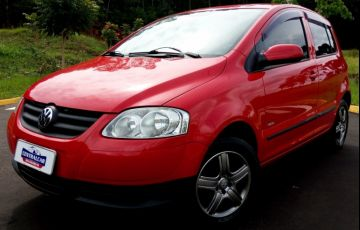 Volkswagen Fox 1.0 8V (Flex) - Foto #1