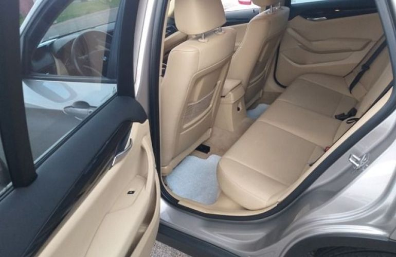 BMW X1 S Drive 18i 2.0 16V - Foto #8