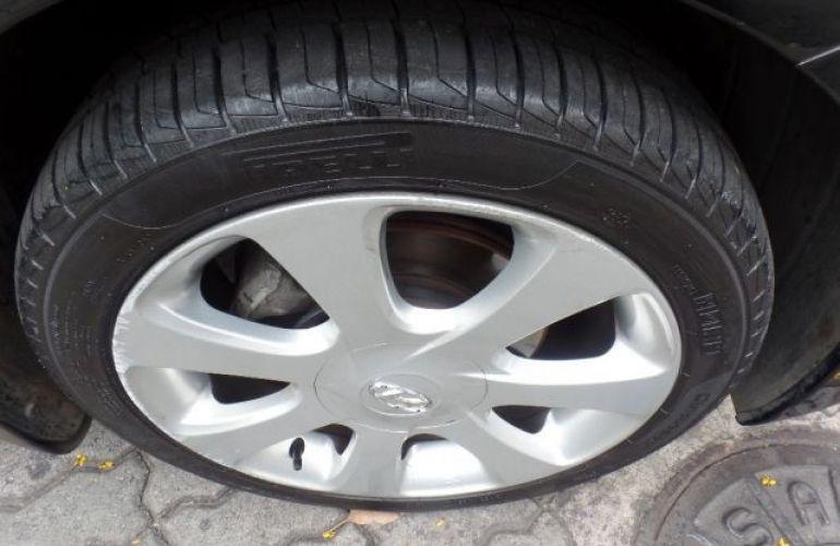 Hyundai Elantra GLS 1.8 16V - Foto #3