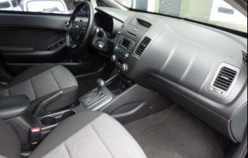 Kia Cerato SX3 1.6 16V - Foto #9