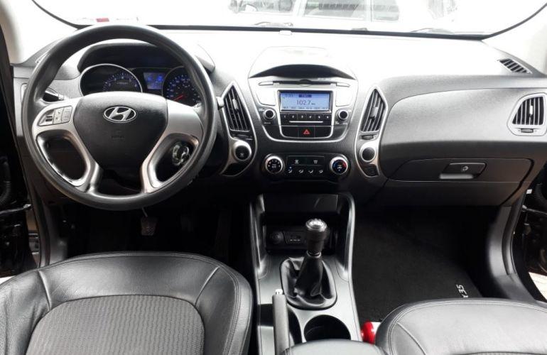 Hyundai ix35 2.0L GLS Básico - Foto #6