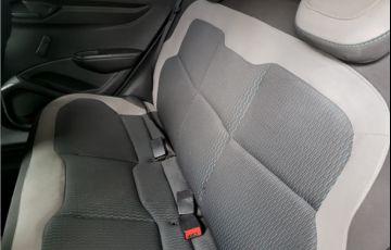Chevrolet Onix 1.0 MPFi LS 8V Flex 4p Manual - Foto #9