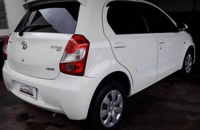Toyota Etios XS 1.5 (Flex) - Foto #3
