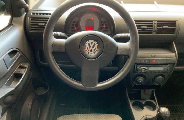 Volkswagen Fox 1.0 Mi 8V Total Flex - Foto #4