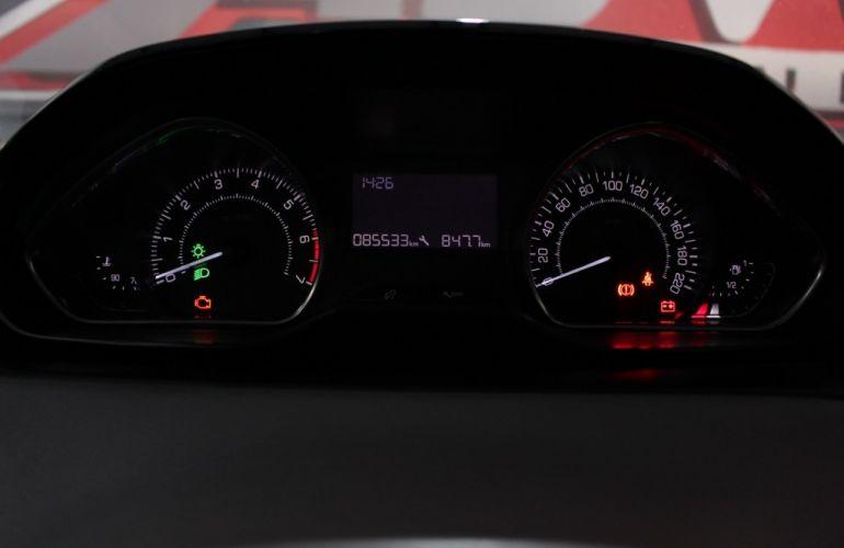 Peugeot 208 1.5 8V Active Pack (Flex) - Foto #10