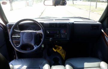 Chevrolet S10 Executive 4x2 4.3 SFi V6 (Cab Dupla) - Foto #8