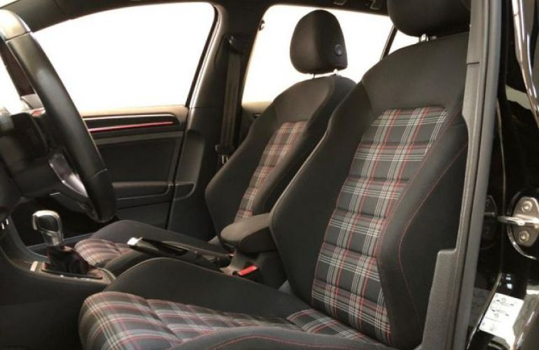 Volkswagen Golf GTI DSG 2.0 TSI - Foto #7