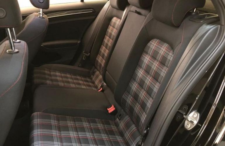 Volkswagen Golf GTI DSG 2.0 TSI - Foto #8