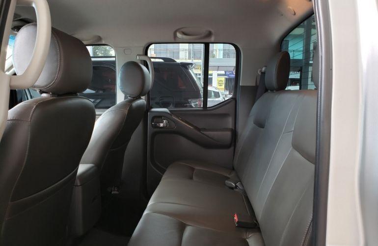Nissan Frontier 2.5 TD CD SL 4x4 (Aut) - Foto #8