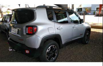 Jeep Renegade Trailhawk 2.0 TDI 4WD (Aut) - Foto #3