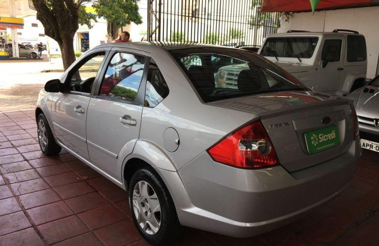 Ford Fiesta Sedan 1.6 Rocam (Flex) - Foto #6