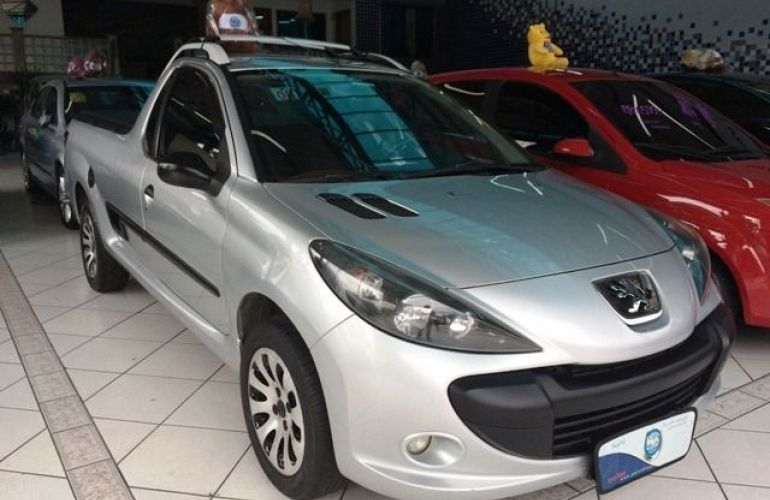 Peugeot Hoggar XR 1.4 (flex) - Foto #1