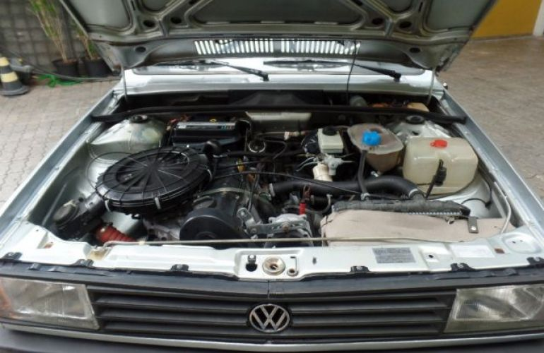Volkswagen Voyage CL 1.6 8V - Foto #4
