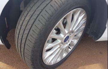Ford New Fiesta Titanium 1.6 16V PowerShift - Foto #6