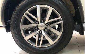 Toyota Hilux SW4 SRX AT 7 Lugares 2.8L 16V Turbo Intercooler - Foto #8