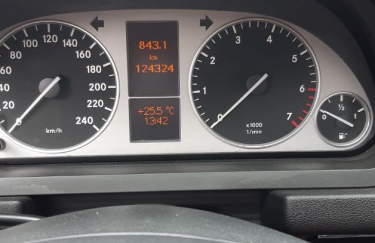 Mercedes-Benz B 180 Family - Foto #2