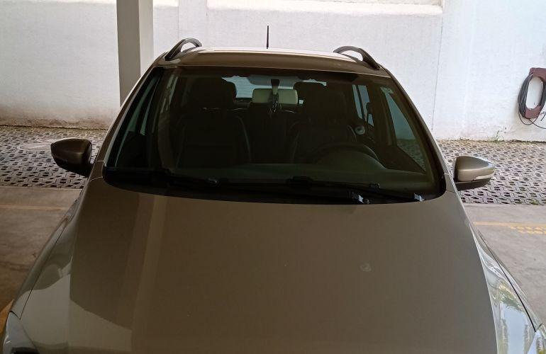 Volkswagen Fox 1.6 VHT Highline I-Motion (Aut) (Flex) - Foto #8