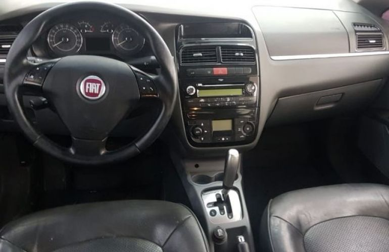 Fiat Linea Absolute Dualogic 1.9 MPI 16V Flex - Foto #4