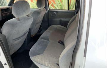 Chevrolet S10 2.4 Advantage (Cabine Dupla) - Foto #8