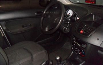 Peugeot 207 XR Passion 1.4 8V Flex - Foto #5