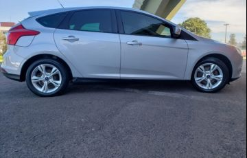 Ford Focus Hatch S 1.6 16V TiVCT - Foto #3
