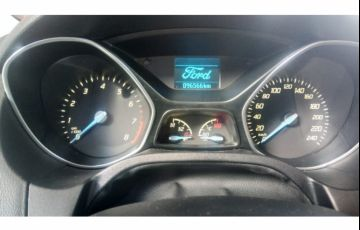 Ford Focus Hatch S 1.6 16V TiVCT - Foto #5