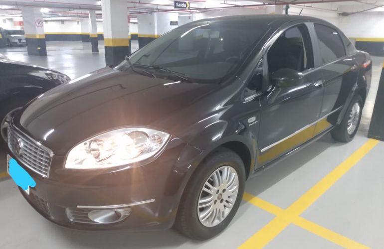 Fiat Linea Essence 1.8 16V Dualogic (Flex) - Foto #1