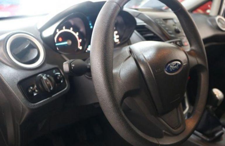 Ford Fiesta SE 1.6 - Foto #2