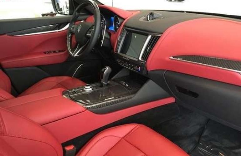 Maserati Levante S Q4 3.0 V6 TURBO Aut. - Foto #6