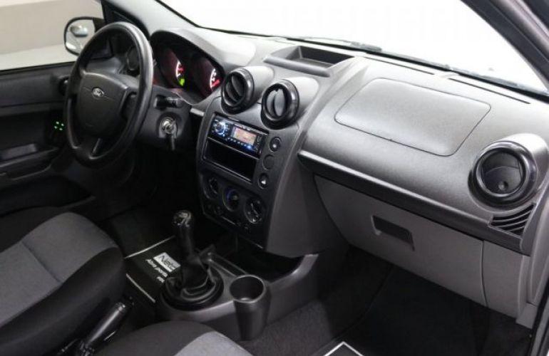 Ford Fiesta 1.0 8V Flex - Foto #10