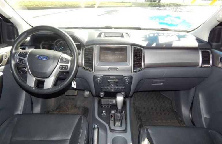 Ford Ranger Limited Plus 4x4 Cabine Dupla 3.2 - Foto #5